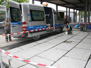 Nachkontrolle der Fugen durch den Kapo der Baustelle (Waschplatz nach WHG)