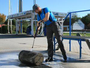 Reinigung des Koaleszenz Einsatzes (1)